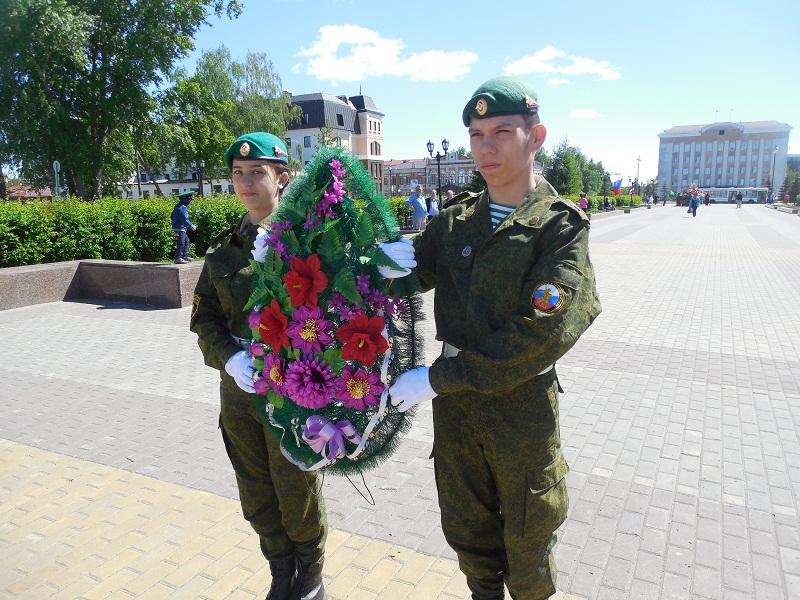 http://tobolsk.info/images/phocagallery/2015/05/pogranichniki/tobolsk_foto_9726.jpg