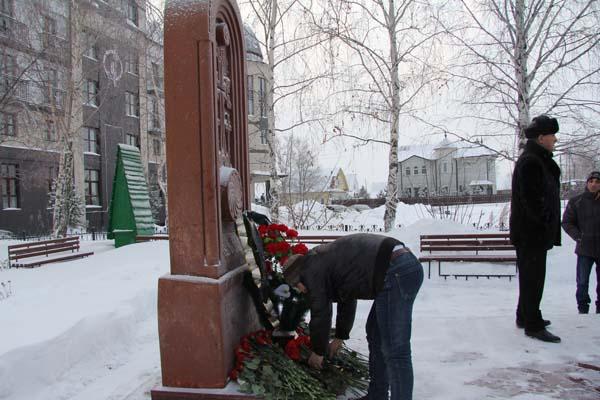 ВЗапорожье почтили память погибших впроцессе землетрясения вАрмении 1988 года