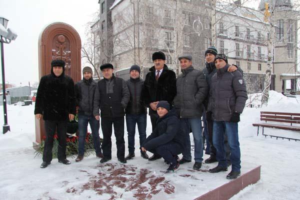 Саратовцы почтили память жертв землетрясения вАрмении