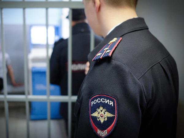 Ульяновца задержали наулице снаркотиками